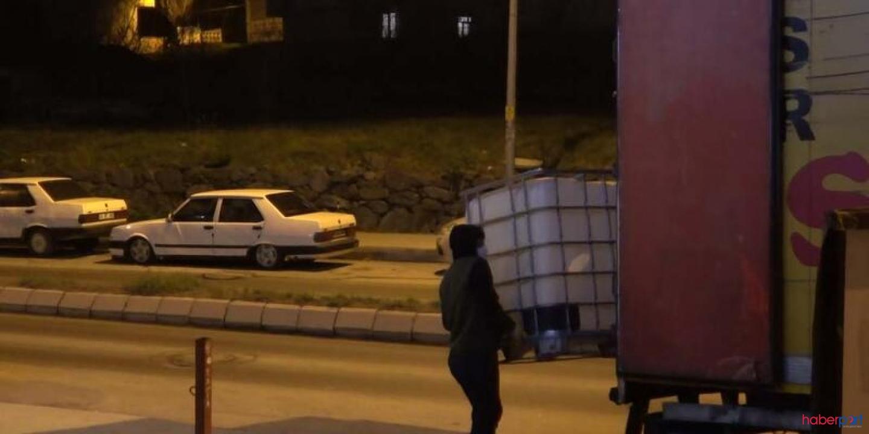 Arnavutköy'deki oto tamircisinde sahte içki üreten 6 kişi yakalandı