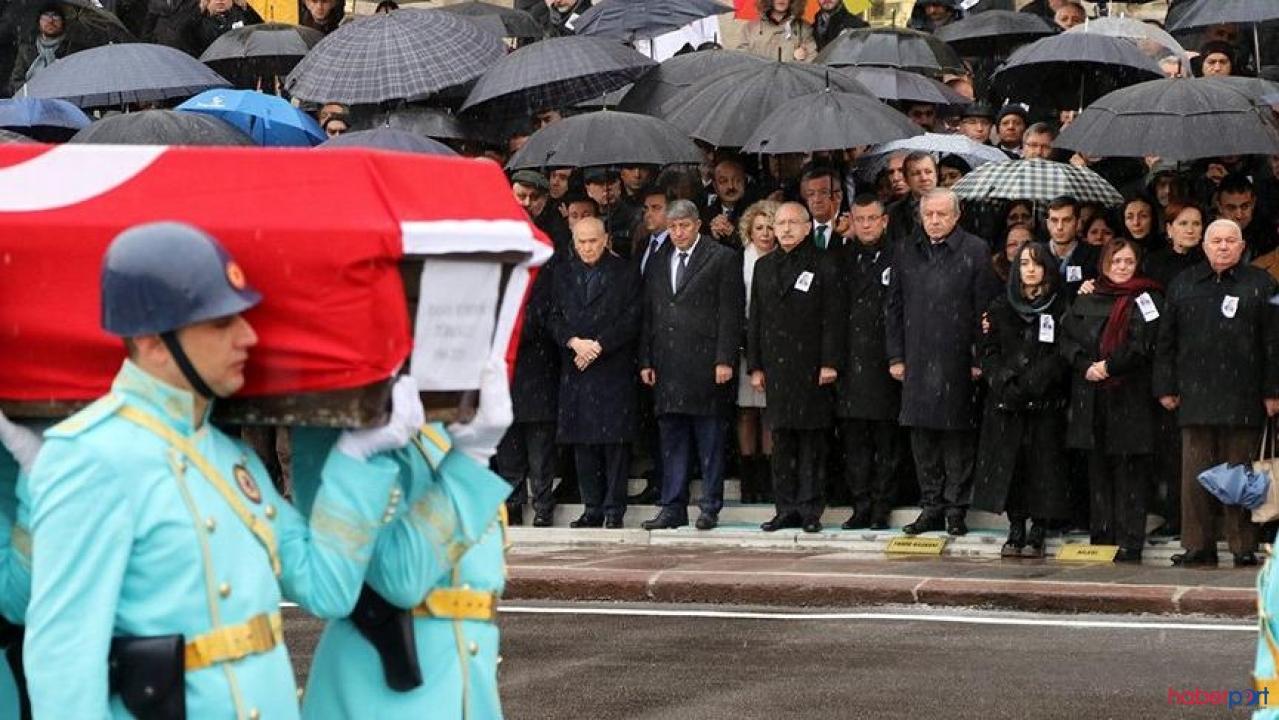 3 Lider, vefat eden Hasan Hüseyin Türkoğlu için bir araya geldiler