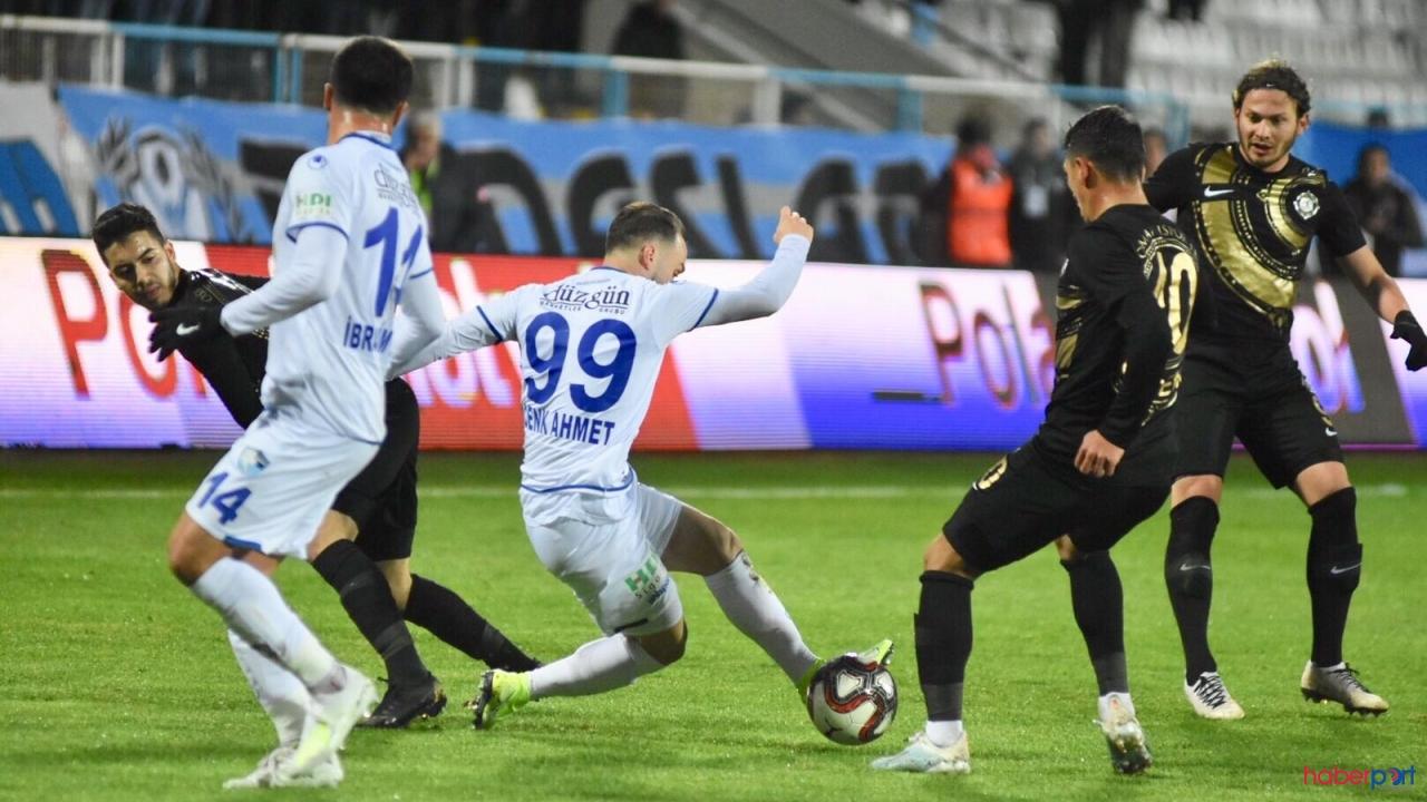 Adanaspor - BB Erzurumspor 0-0 kazanan olmadı