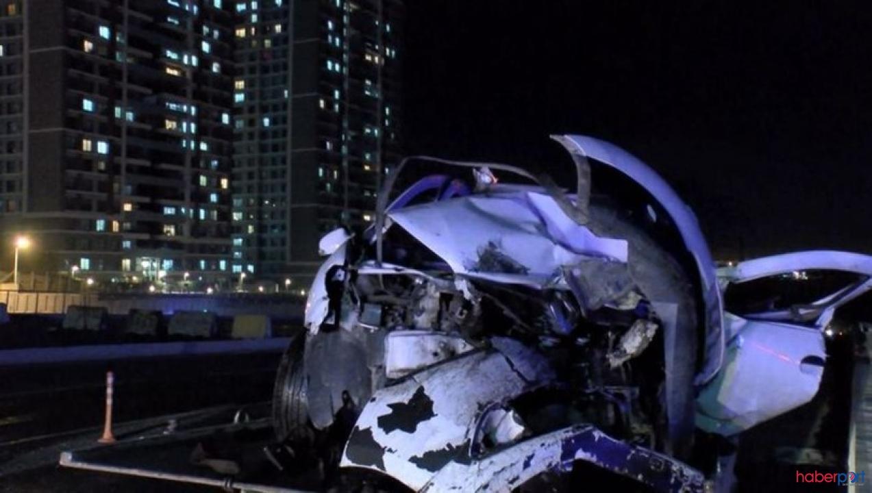 Başakşehir'de feci kaza! İki otomobil çarpıştı 8 kişi yaralandı