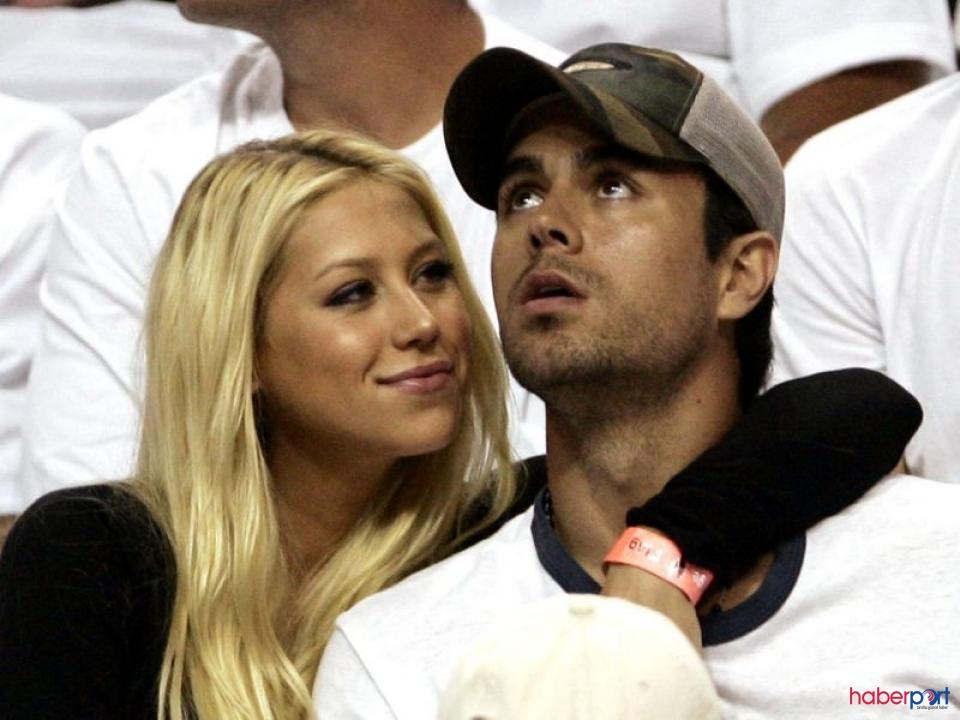Enrique Iglesias ve Anna Kournikova'nın ikizlerine yeni kardeş geldi