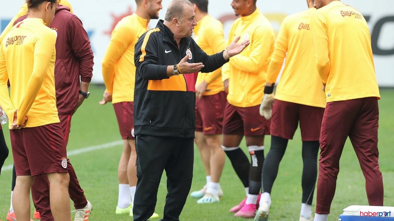 Galatasaray'da 2 oyuncunun sözleşmeleri askıya alındı