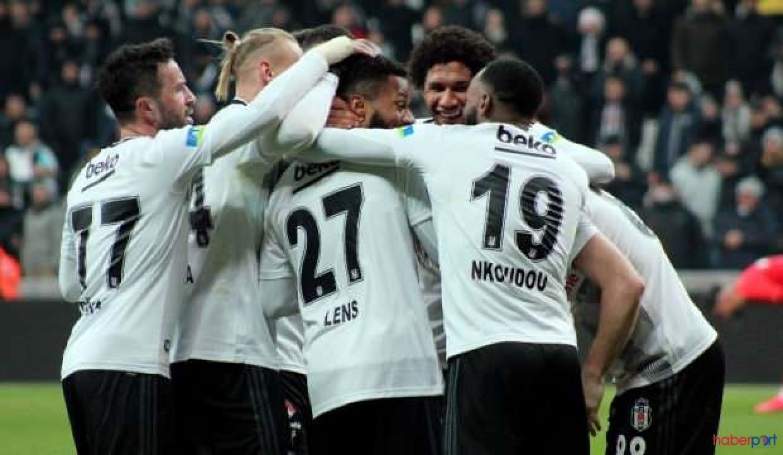 Lens ''Kazandığımız ve gol attığım için mutluyum''