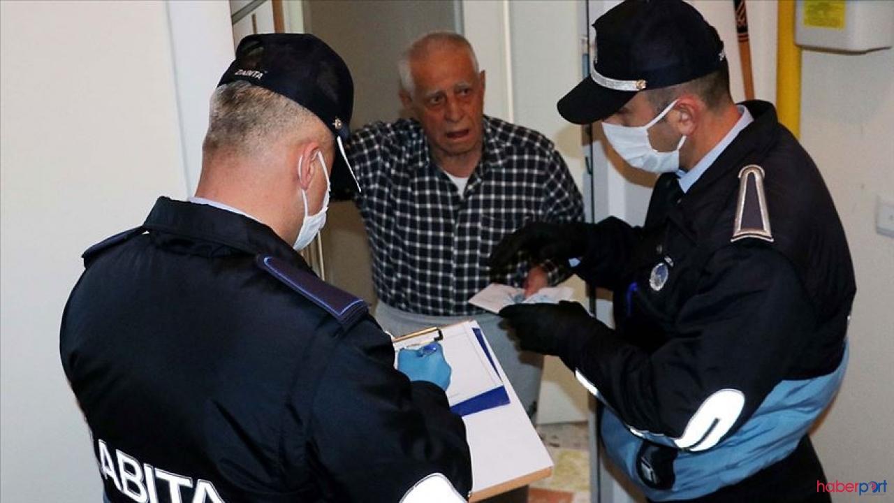 Kastamonu Belediyesi, 65 yaş üstü yaşlılara yardım eli uzattı