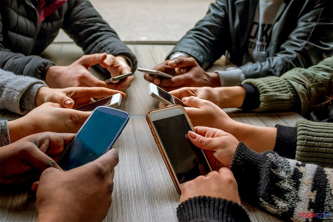 Akıllı telefon kullanıcıları dikkat!! Telefonunuz çökebilir