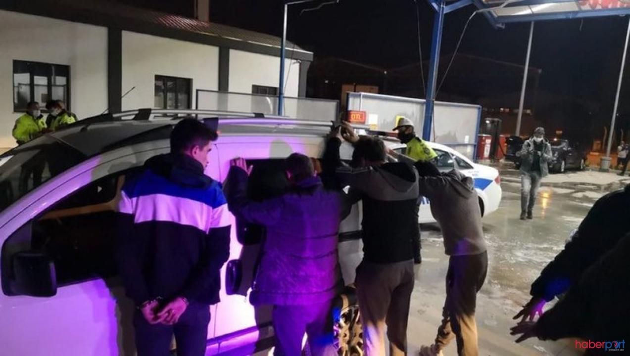 Hırsızların korona temizliği! Çaldıkları aracı yıkarken yakayı ele verdiler