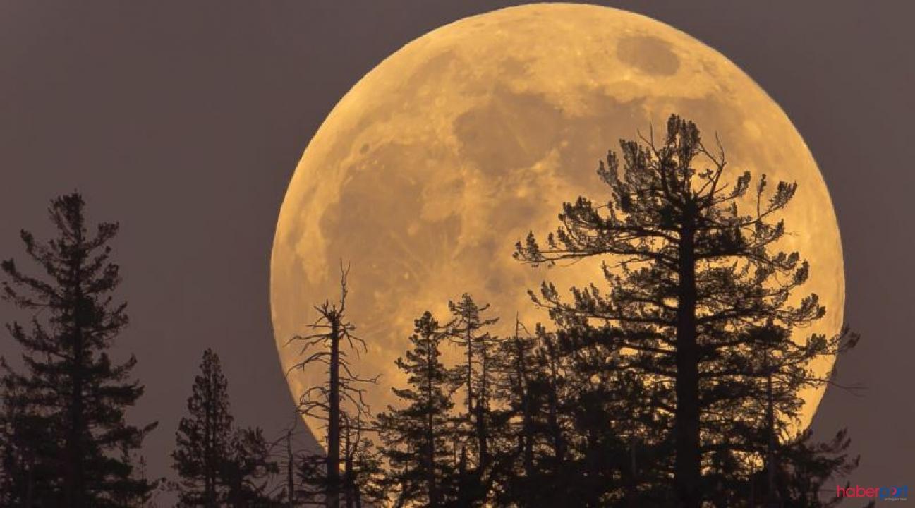 Süper Ay bir kez daha görüldü