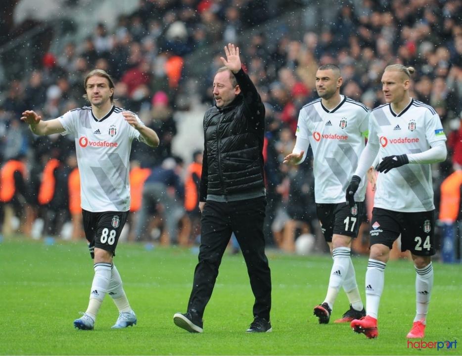 Beşiktaş yıldızını arıyor !! Sergen Yalçın rapor istedi