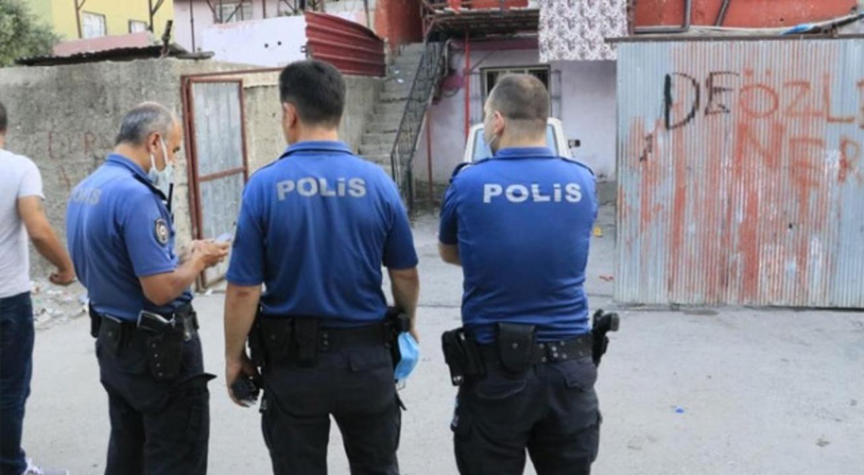 Adana'da sokak ortasında silahlı çatışma! Çok sayıda yaralı var