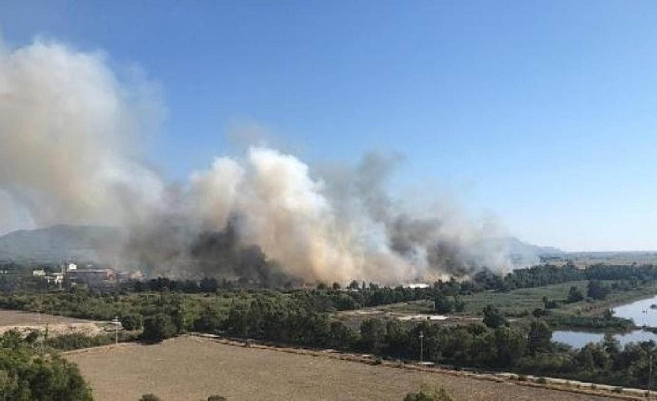 Dalaman'da kağıt fabrikasında yangın: 2 yaralı