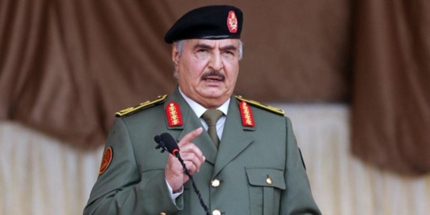 Darbeci Hafter: Libya-Cezayir sınırı artık kapalı askeri bölgedir!
