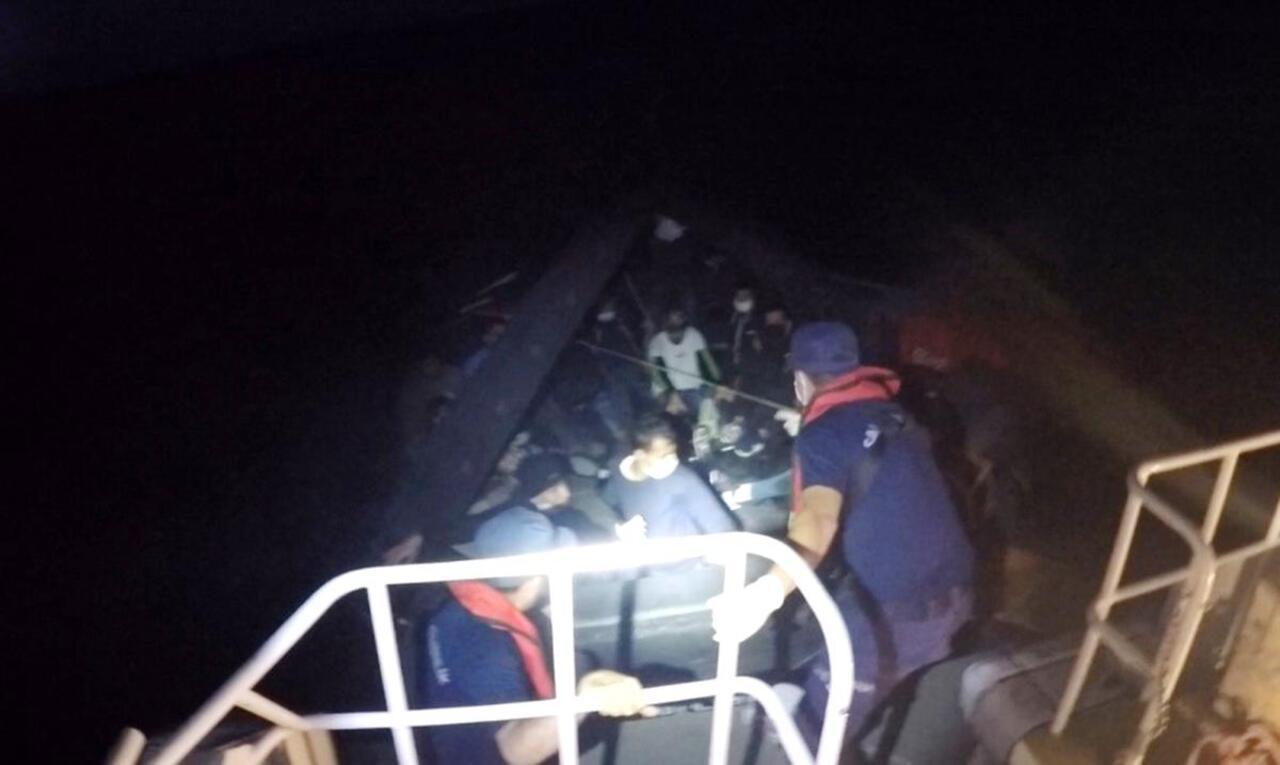Datça açıklarında 19 düzensiz göçmen Türk Sahil Güvenlik ekiplerince kurtarıldı
