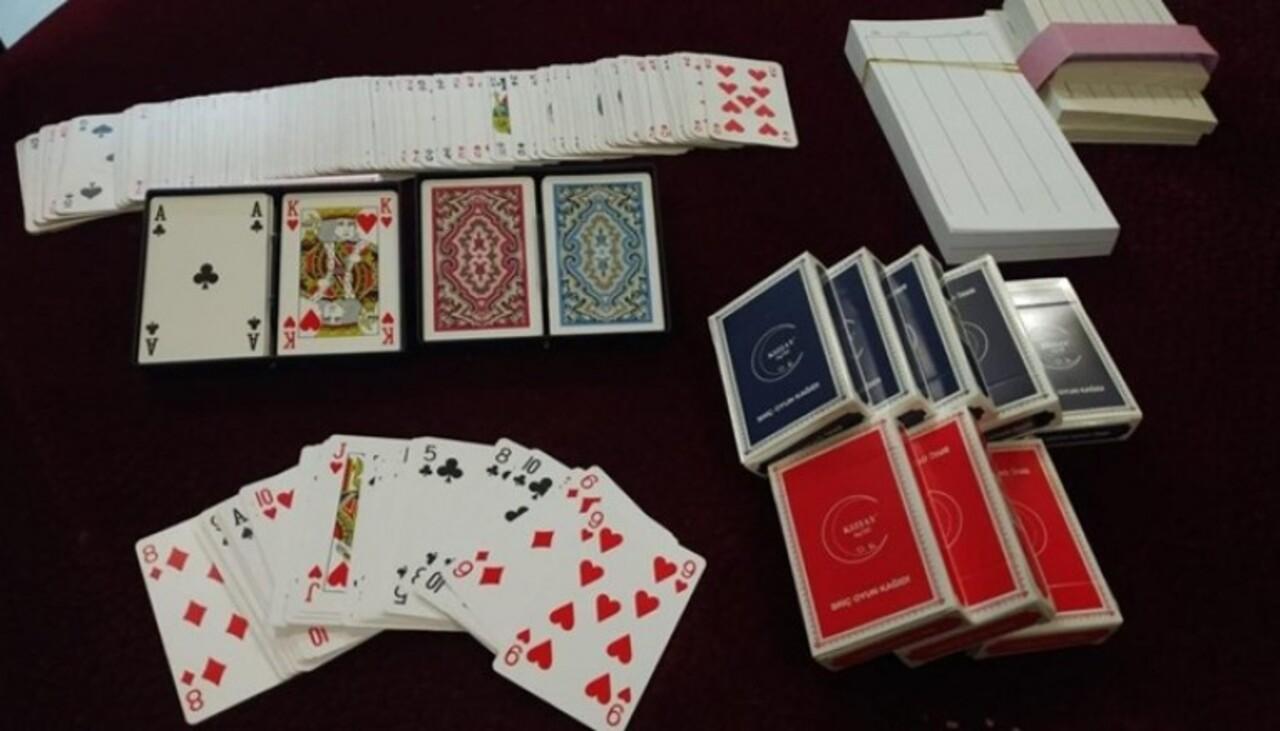 Eskişehir'de kumar oynatılan dernek binasına baskın: 34 kişiye 149 bin TL ceza