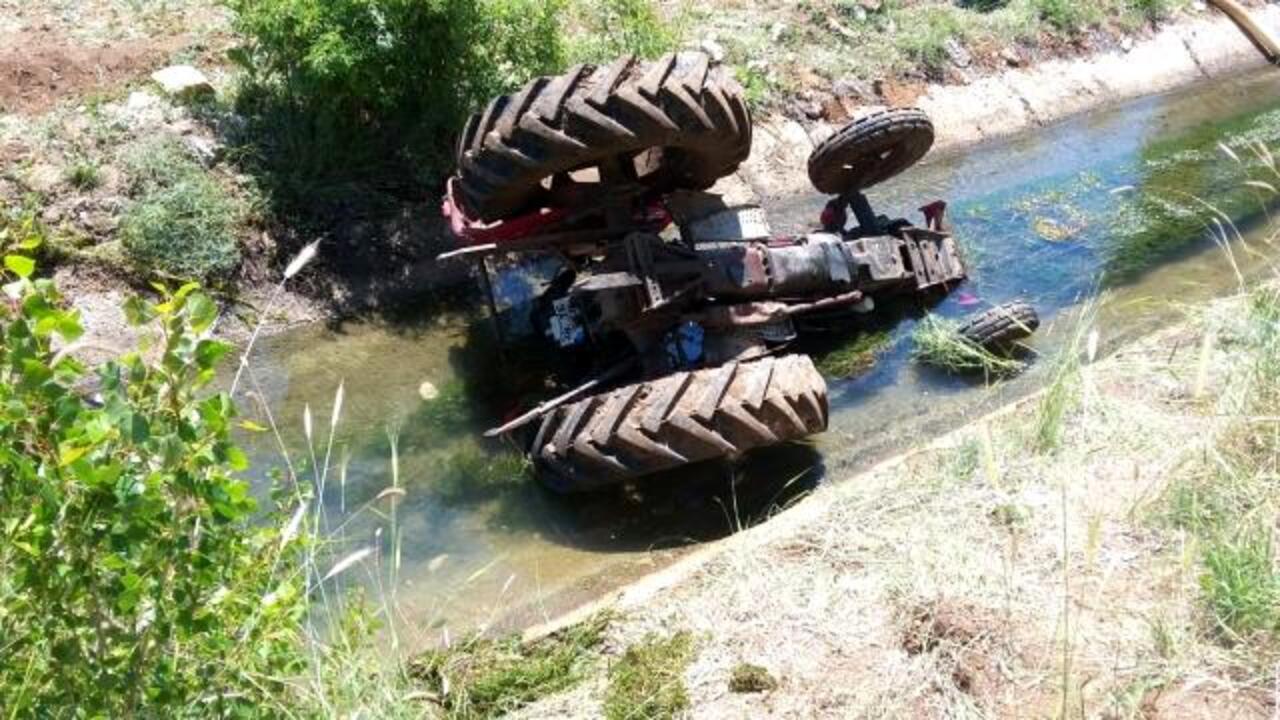 Kayseri'de traktör sulama kanalına düştü: 1 ölü, 2 yaralı!