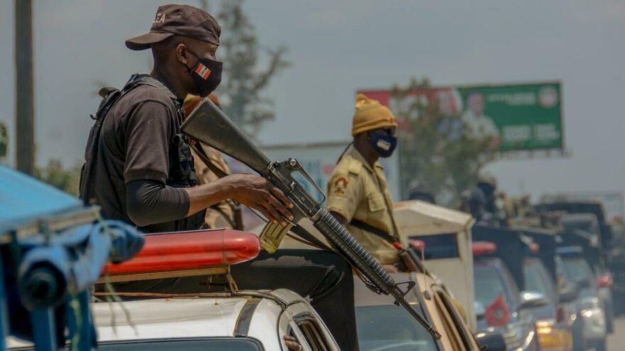 Nijerya'da okul baskını! 80'den fazla öğrenci ve öğretmen kaçırıldı