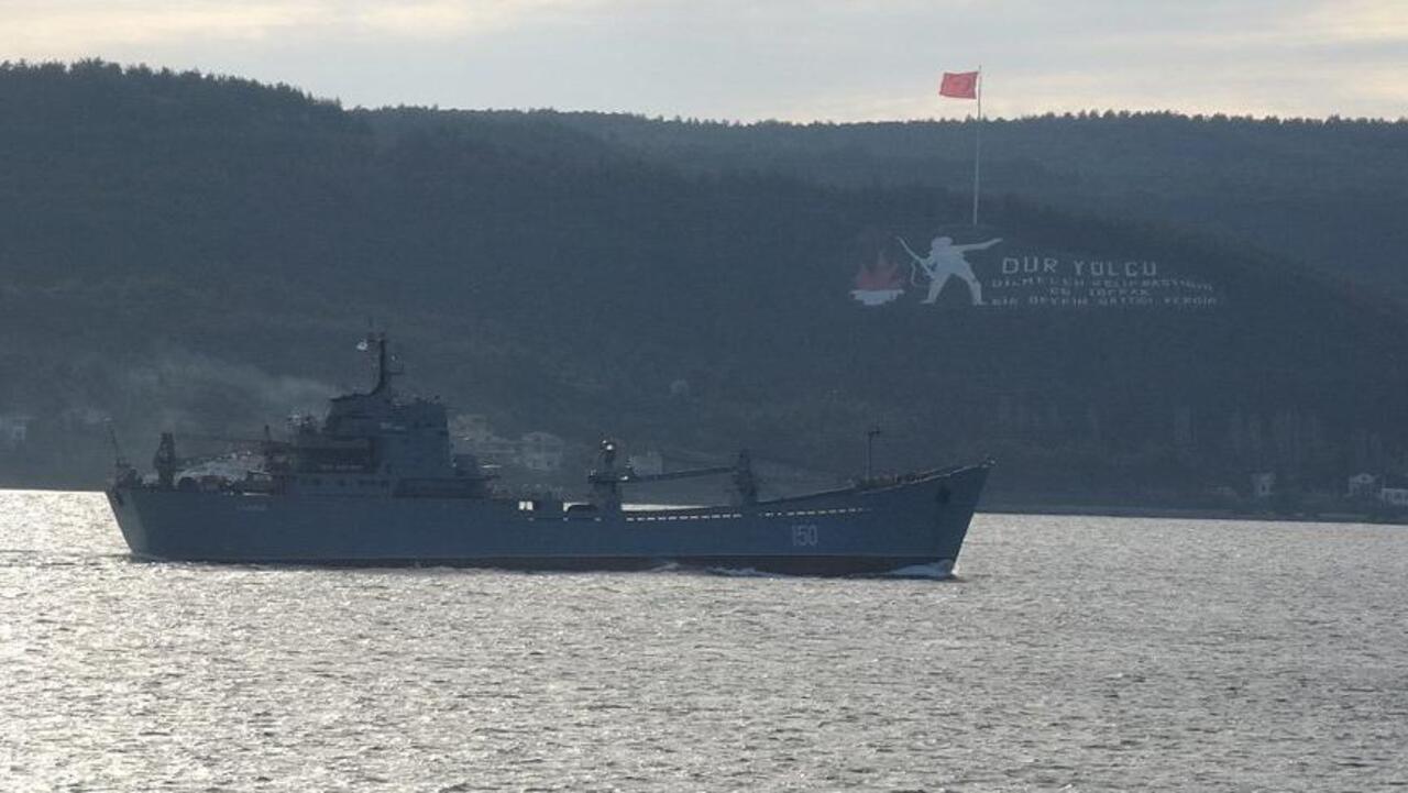 Rus savaş gemisi Çanakkale açıklarında görüldü