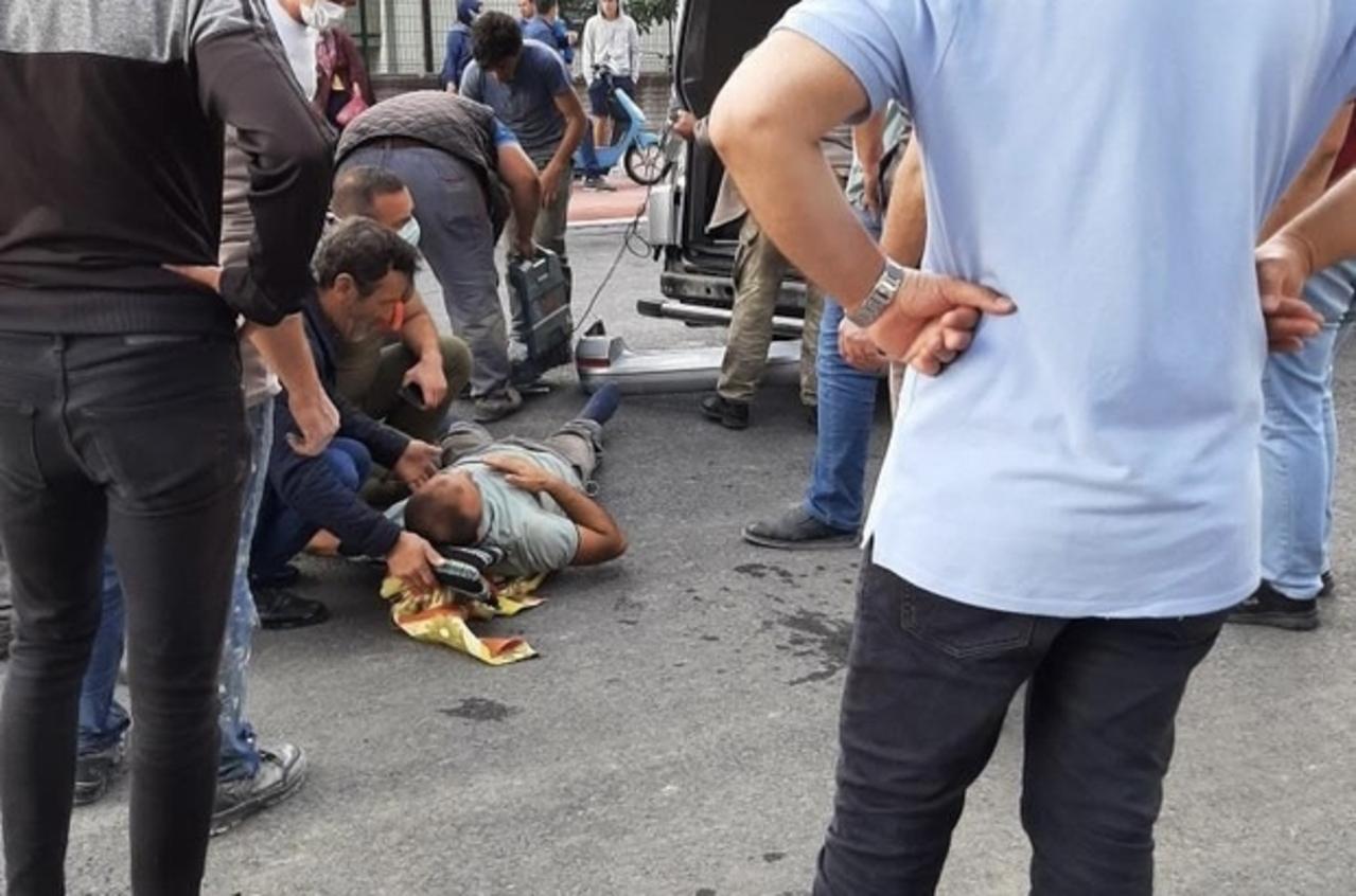 Sakarya'da otobüs ve kamyonet çarpıştı: 2 yaralı