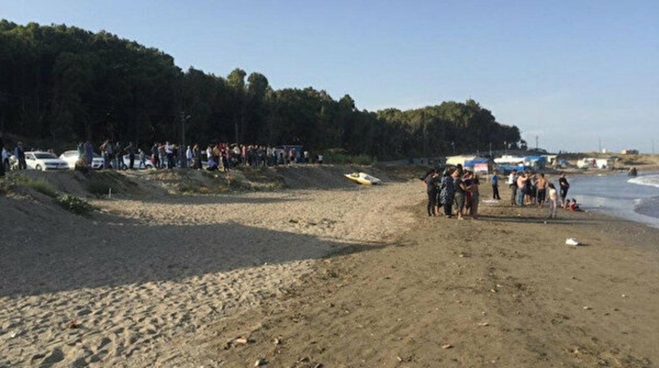Adana'da beline pet şişe bağlayarak denize giren çocuk boğulma tehlikesi geçirdi