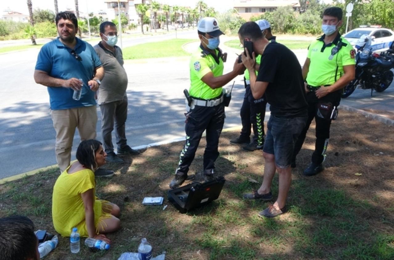 Antalya'da tatil kazayla başladı, 1 kişi yaralandı