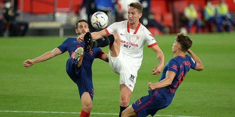 Beşiktaş Luuk de Jong'u bitiriyor