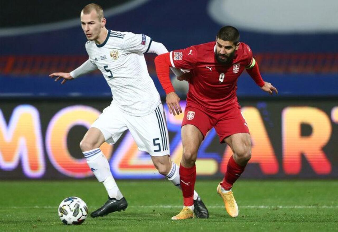 Fenerbahçe Sırp golcü Aleksandar Mitrovic'in peşinde