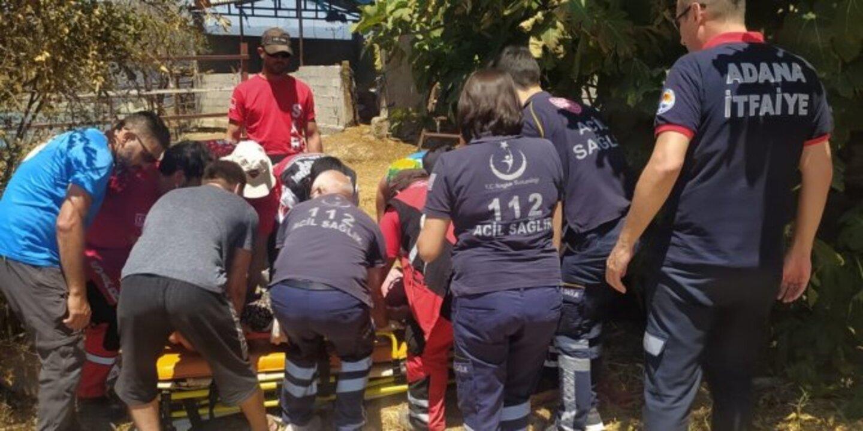 Adana'da 2 kadın soğan serdikleri sırada çöken çatıdan düştü
