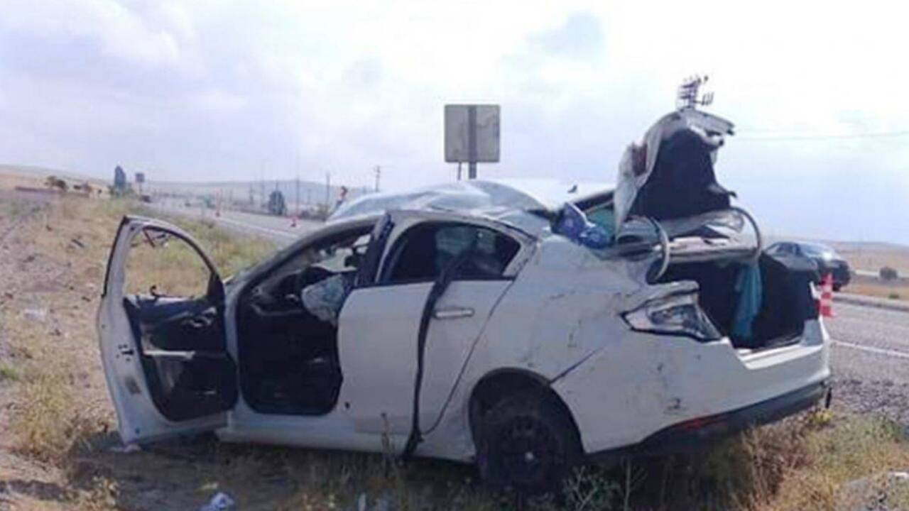 Aksaray'da otomobil şarampole yuvarlandı: 3 kardeşten 1'i hayatını kaybetti, 2'si yaralandı