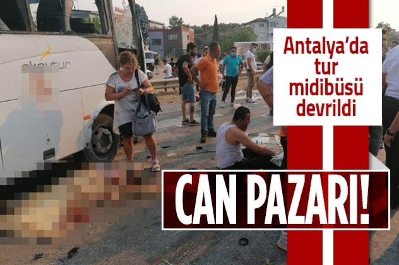 Antalya'da Rus turistleri taşıyan midibüs devrildi: 3 ölü 16 yaralı!