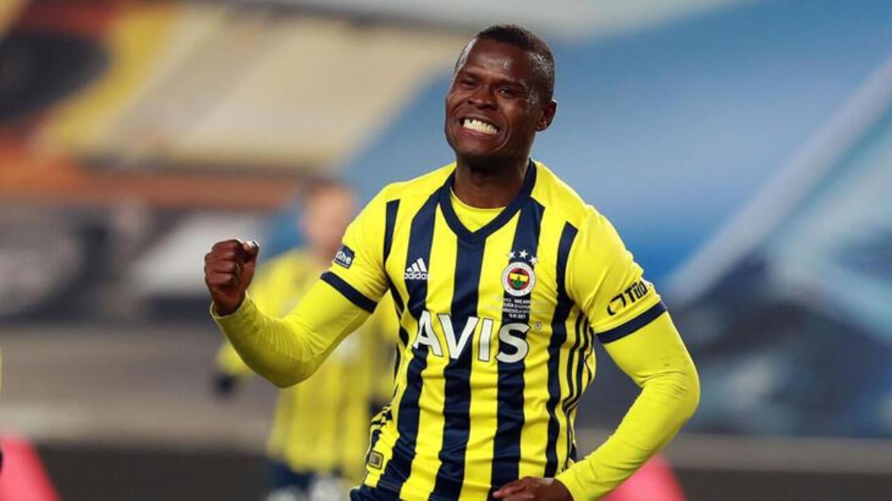 Fenerbahçe'de hayal kırıklığı yaratan Samatta, Antwep yolcusu