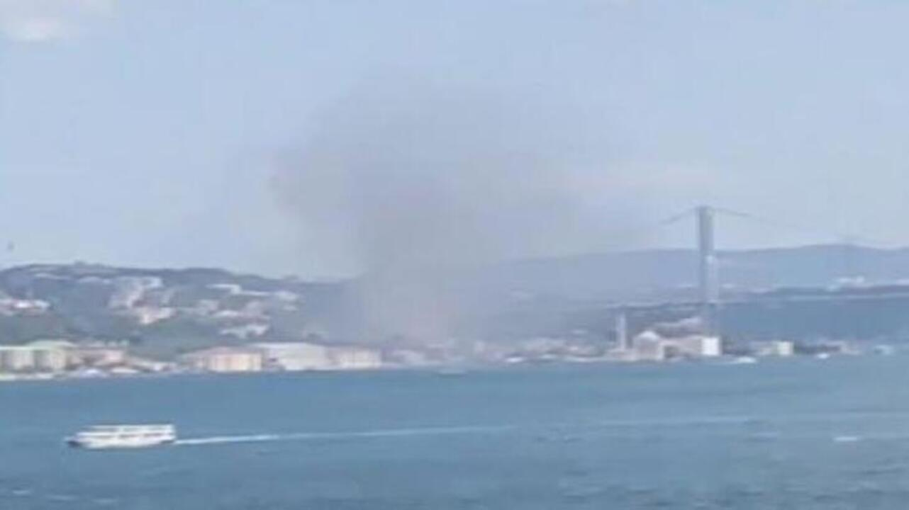 İstanbul Ortaköy'deki otel inşaatında yangın
