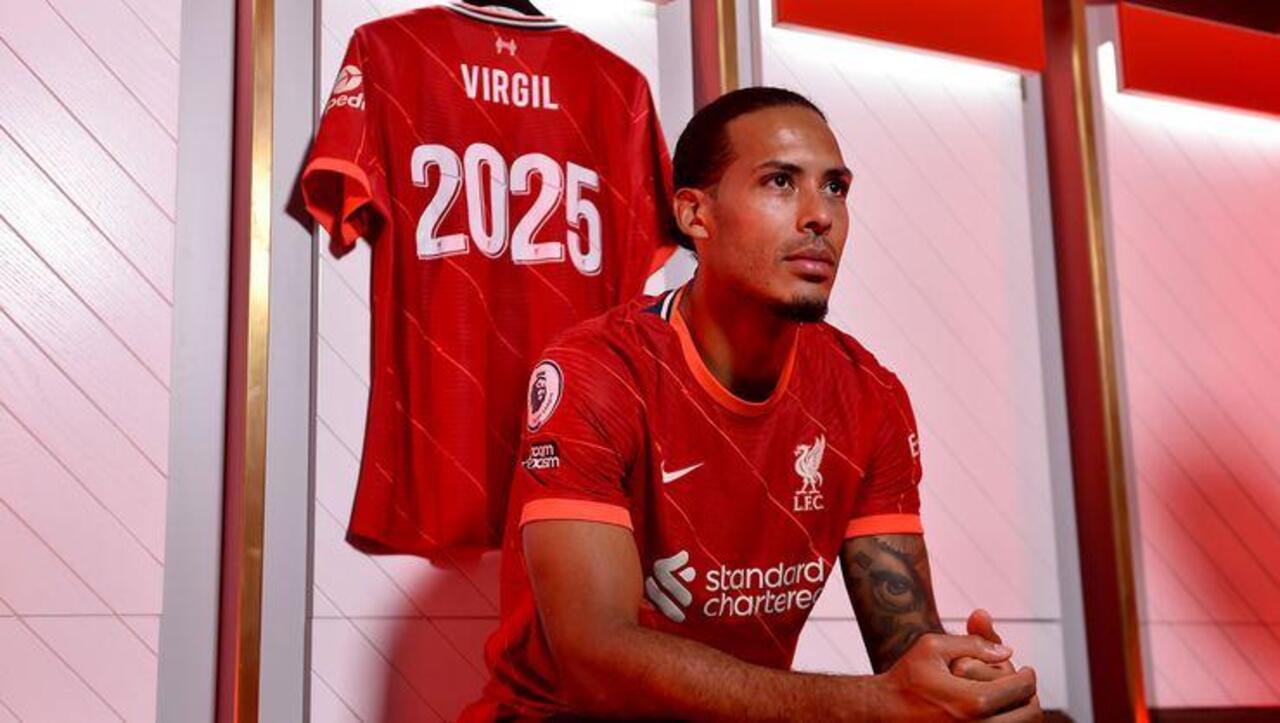 Liverpool, Virgil van Dijk'ın sözleşmesini yeniledi