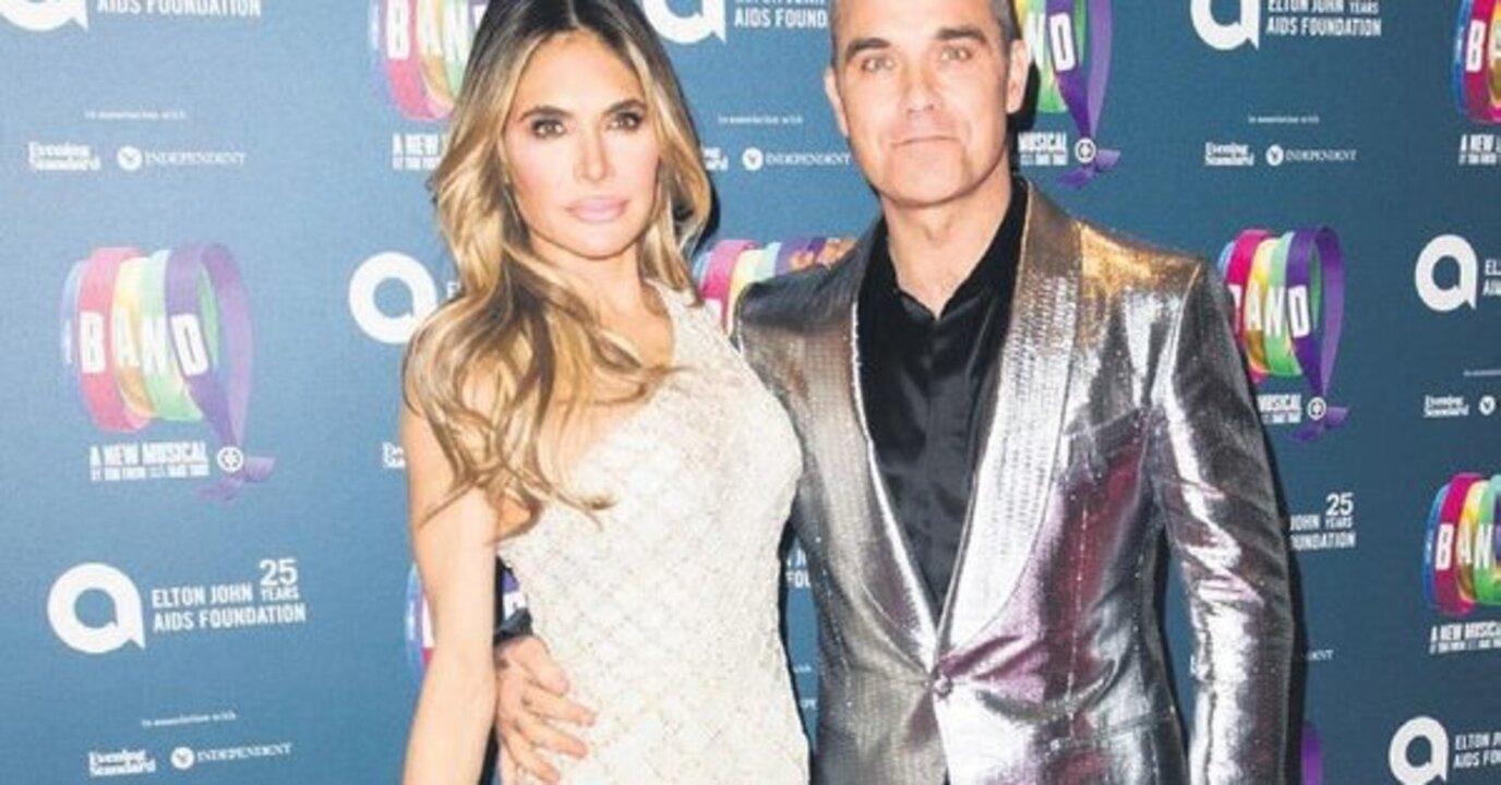 Robbie Williams ve Türk eşi Ayda Field, Datça'da tatiline devam ediyor