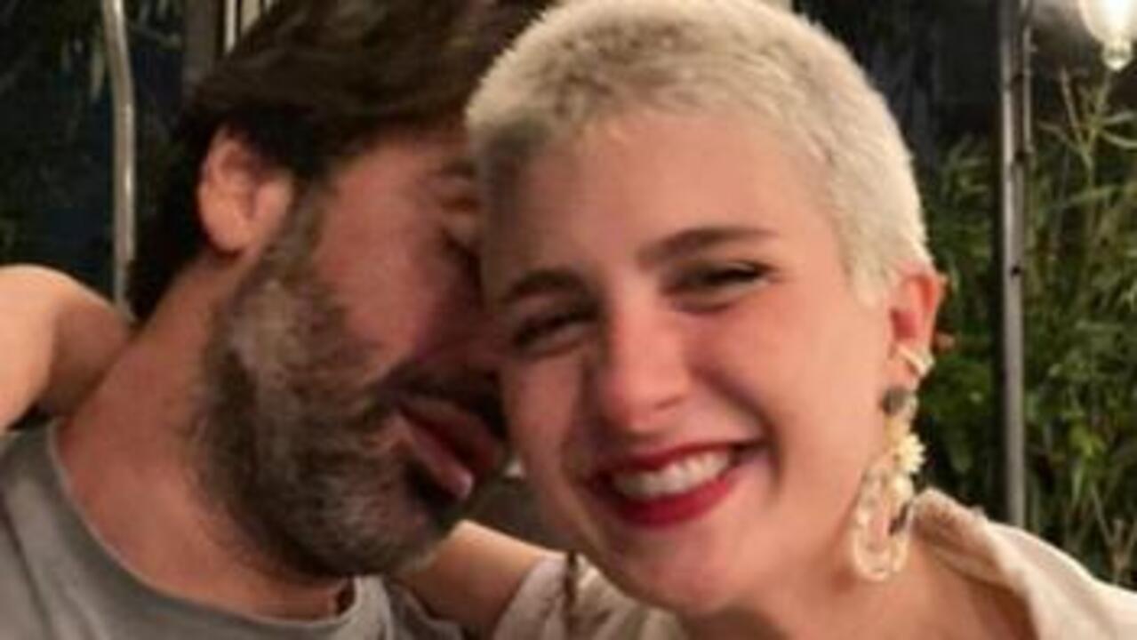 Sarp Levendoğlu Naz Çağla Irmak ile aşk yaşıyor