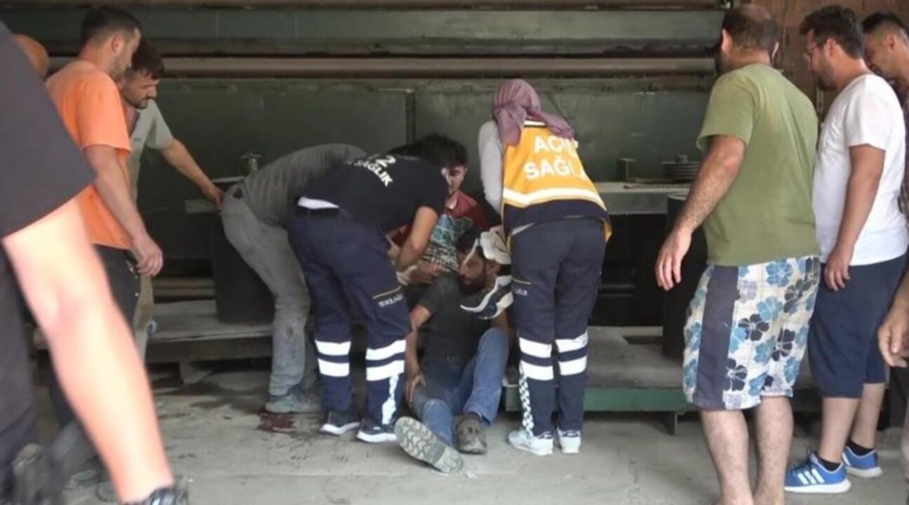 Sinop'ta tamirat yapmak için çıktığı fabrikanın çatısında düşen işçi yaralandı