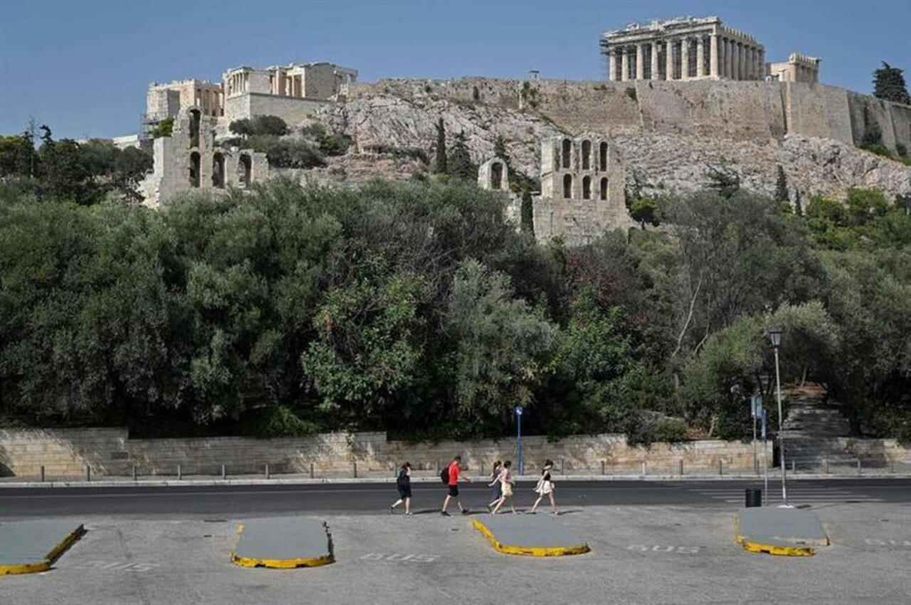 Yunanistan'da termometreler 55 dereceyi gördü