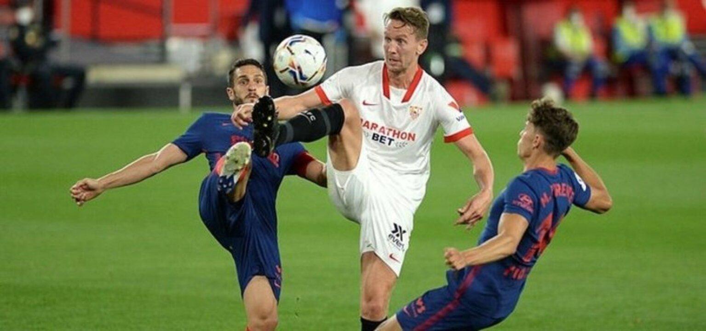 Beşiktaş'ın gündemindeki Luuk de Jong Barcelona ile anlaştı
