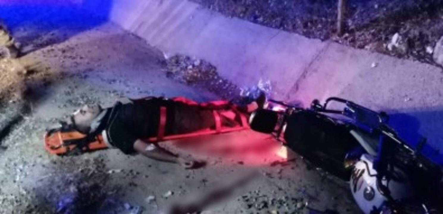 Adıyaman'da takla atan motosiklet kanala düştü: 2 yaralı