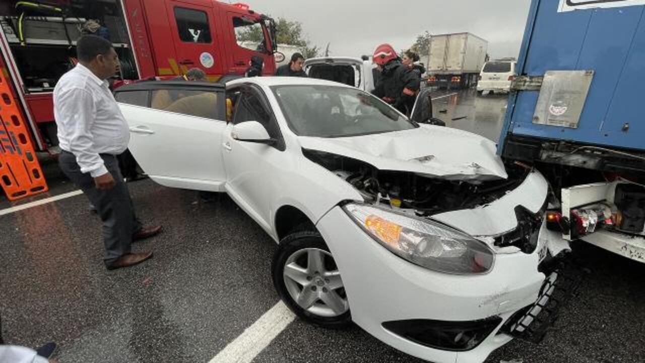 Anadolu Otoyolu üzerinde zincirleme kaza: 15 araç çarpıştı