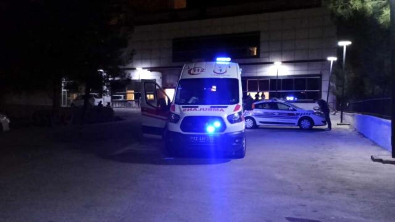 Batman'da viraja hızlı giren otomobil takla attı: 1 ölü, 6 yaralı