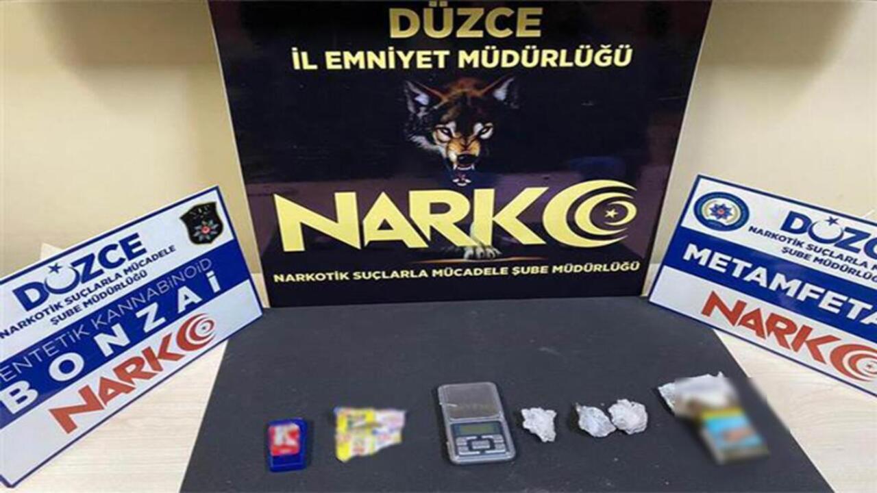 Düzce'de uyuşturucu operasyonu, 1 kişi aranıyor