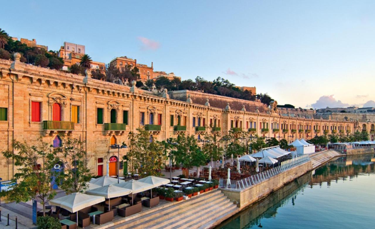 Malta vatandaşı olan Türk ünlülere kötü haber geldi!
