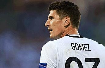 Trabzonspor'da Jose Sosa'nın önerisiyle gözler Mario Gomez'e çevrildi