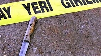 14 yaşındaki kız babasının sevgilisini bıçakladı