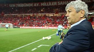 Ahmet Nur Çebi Lucescu'yu İstanbul'a çağırdı