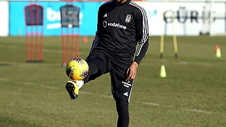 Beşiktaş'ta yeni trnasfer ilk idmanına çıktı