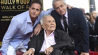 Efsanevi aktör Kirk Douglas'ın vasiyeti açıklandı!