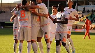 Galatasaray yarı final şansını rövanşa bıraktı