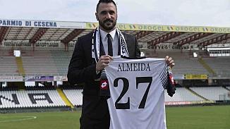 Hugo Almeida futbola veda etti