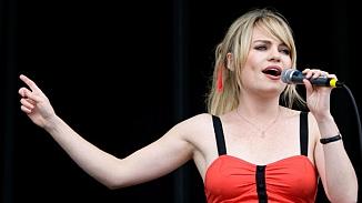 Ünlü şarkıcı Duffy özel hayatındaki sırrı açıkladı; Tecavüze uğradım