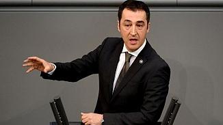 Almanya yaşayan Türk siyasetçi Cem Özdemir koronavirüse yakalandı!